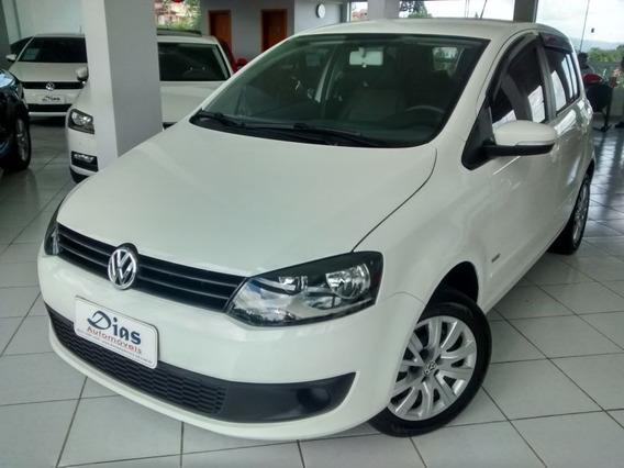 Volkswagen Fox 1.0 Mi Trend 8v 2013 Branca Flex