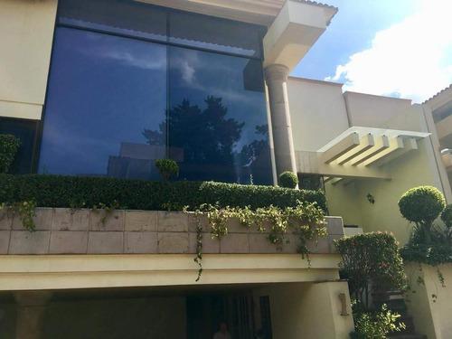 Calle Naranjo, A La Venta Casa En Conjunto Con Seguridad Privada (gr)