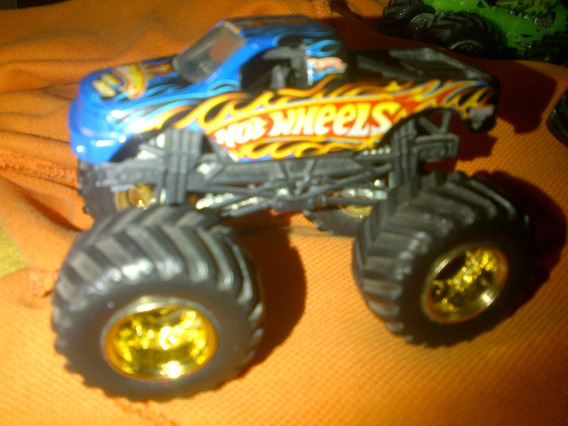Hot Wheels Monster Jam Hot Wheels A Escala 1.64