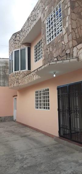 Apartamento En Alquiler, La Candelaria. Maracay