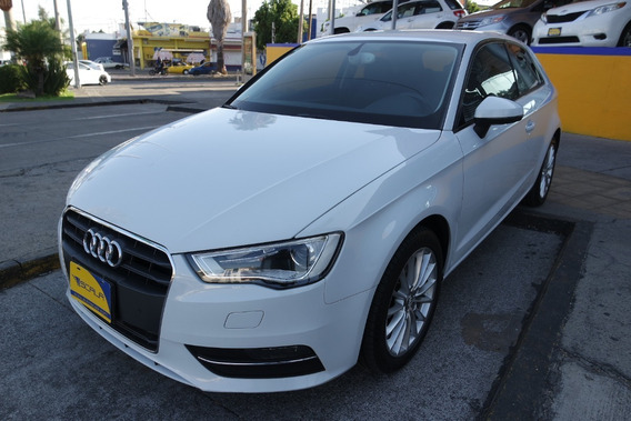 Audi A3 Ambiente S Tronic 4 Cilindros 1.8 Lts