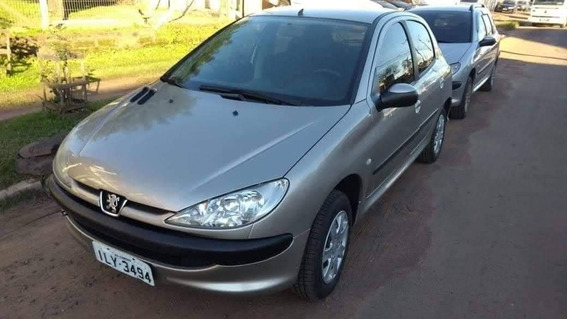 Peugeot Completo 2004