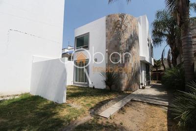 Amplia Casa En Renta, Camino Real A Momoxpan