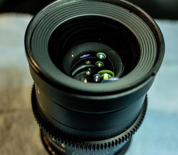 Lente Rokinon 10mm Cine Ef Canon