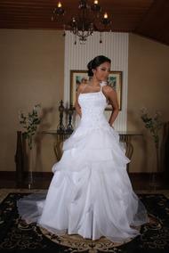 Vestidos De Noiva Semi Novos (usados) - Lote Com 10 Peças