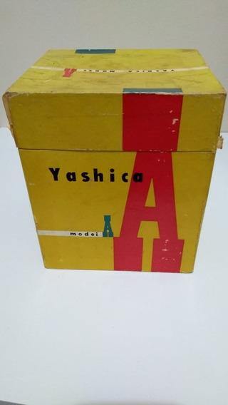 Máquina Fotográfica Antiga Yashica Model A
