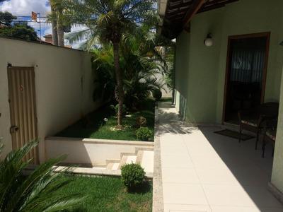 Casa De Cinco Quartos Com Suíte No Bairro Dona Clara - 3679
