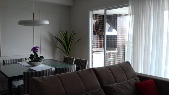 Apartamento Com 3 Dormitórios,1 Suíte, 2 Vagas, Piscina