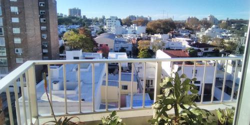 Apartamento Muy Luminoso (1dormitorio) En Rambla Malvín.