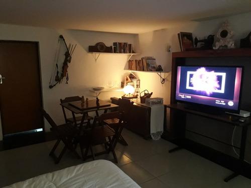 Imagem 1 de 8 de Casa Studio Mobiliado Granja Viana Aluguel