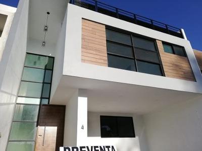 Se Vende Bonita Casa En Fraccionamiento La Cima