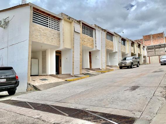 Casa En Venta Urb Doña Esmelida - La Machiri