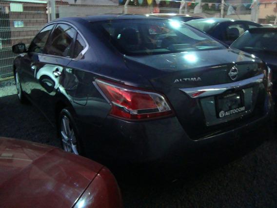 Nissan Altima 3.5 Exclusive V6 Piel Modelo 2013