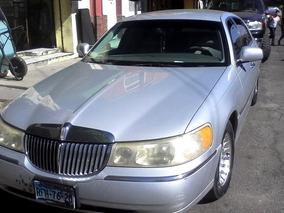 Lincoln Town Car Executive Series