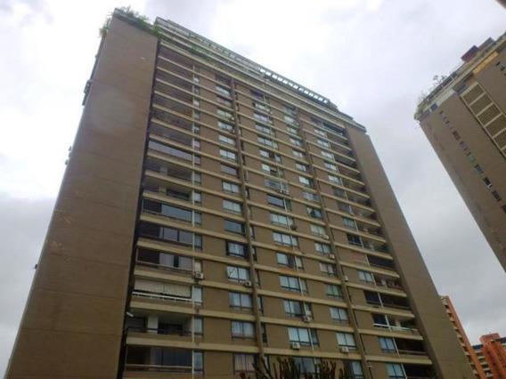 Apartamento En Venta Mls #19-18651