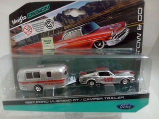 1967 Ford Mustang Gt / Camper Trailer Tow & Go Maisto 1:64