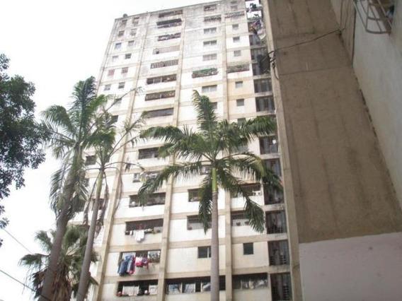 Apartamento En Venta (cp) Maury Seco Rah Mls #19-4538