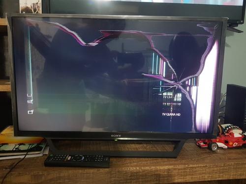 Imagem 1 de 4 de Sony Bravia Kdl-32w655d Pouco Usada. Defeito Na Tela.