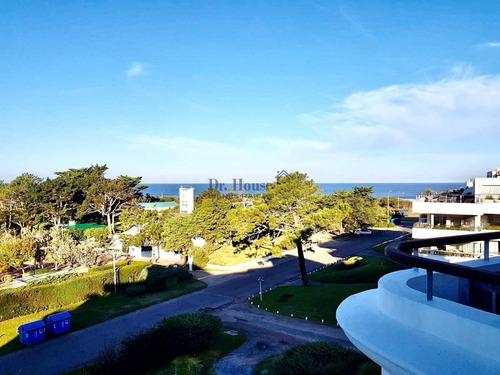 Magnífico Dúplex Con 5 Dormitorios En Playa Brava- Ref: 337