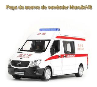 Linda Miniatura Do Mercedes Sprinter Ambulância 1:36