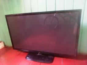Vende-se Uma Tv 42 Lg Com Defeito Para Tirar Peças.