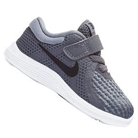 Tênis Nike Infantil Revolution 4 943304005 Cinza