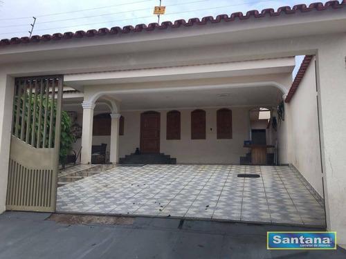 Casa Com 3 Dormitórios À Venda, 250 M² Por R$ 400.000,00 - Estância Itajá - Caldas Novas/go - Ca0124