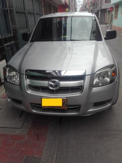 Camioneta Mazda Bt50 2.2 4*2 Gasolina Plateada