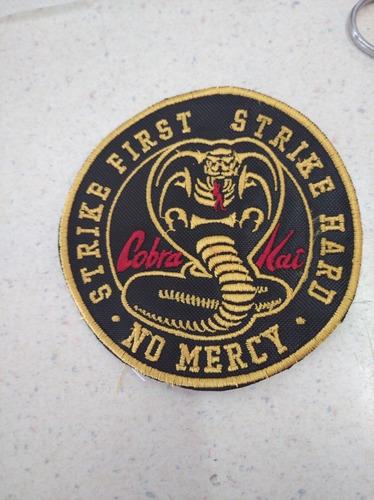 Imagen 1 de 2 de Parche Bordado Cobra Kai