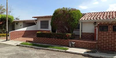 Casa Amplia De 5 Habitaciones