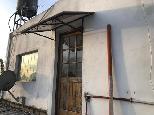 Dos Casas Y Departamento En Venta - Moreno