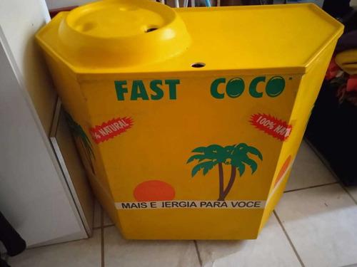 Imagem 1 de 3 de Carrinho De Água Coco