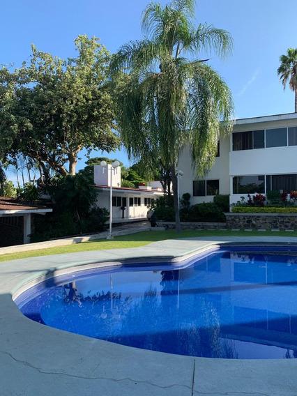 Se Vende Departamento En Planta Baja En Condominio Exclusivo De Lomas De Cuernavaca