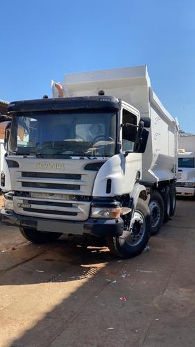 Caminhão Scania P420 B 8x4 2011/2012