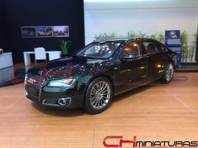 Kyosho 09231sbk Audi A8 L W12 Quattro 2010 (preto) 1/18