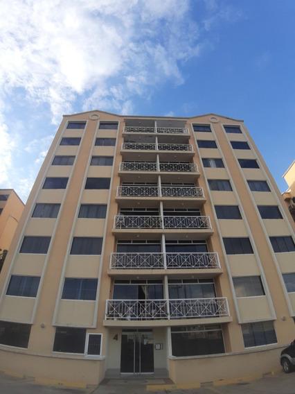 Apartamento Obra Gris Planta Baja Urb Nueva Guaica Barcelona