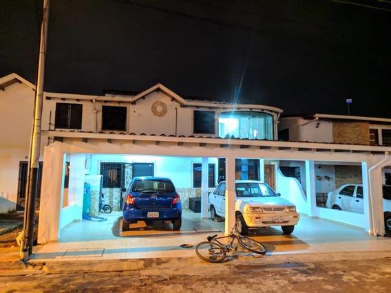 Casa Propiedad Horizontal 2 Habitaciones Con Closets