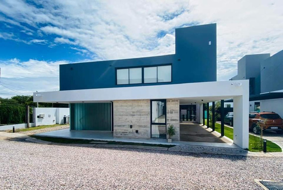 Casa En La Carolina Housing