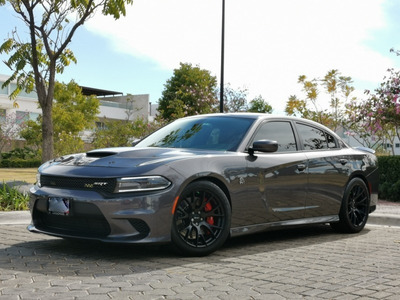 Dodge Charger Hellcat Dual Carbon Stripes Modelo 2016