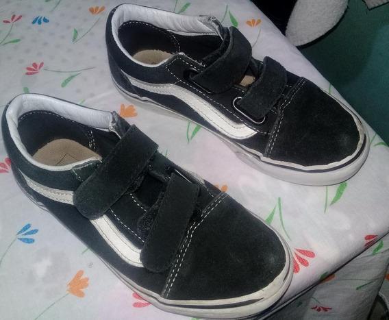 Zapatilla Negro 2 Abrojos Talle 31