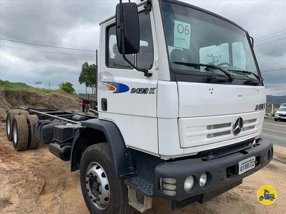Mercedes 2423 K 6x4 2006 Chassis