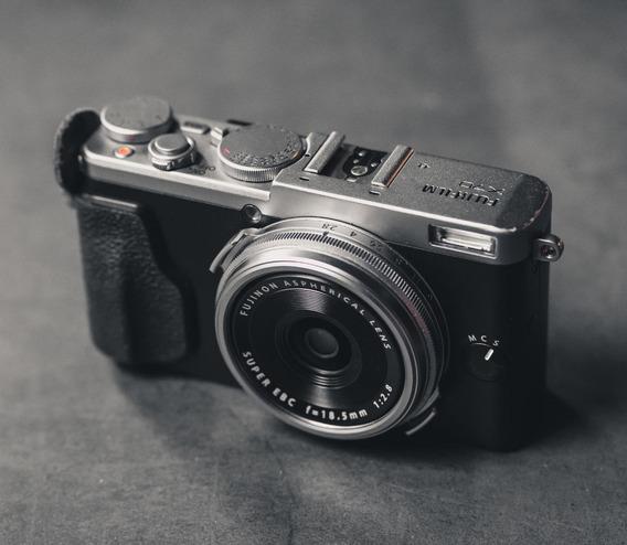Câmera Fujifilm X70 C/ Lente 18mm Fuji X-e3 X-t20 X-t30 X-t2