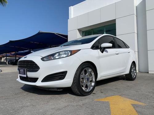 Imagen 1 de 10 de Ford Fiesta 2016 1.6 S Sedan At