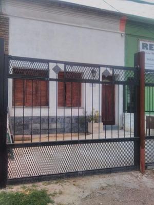 Vendo Muy Linda Casa Reciclada A Nuevo, Permuta, Financio