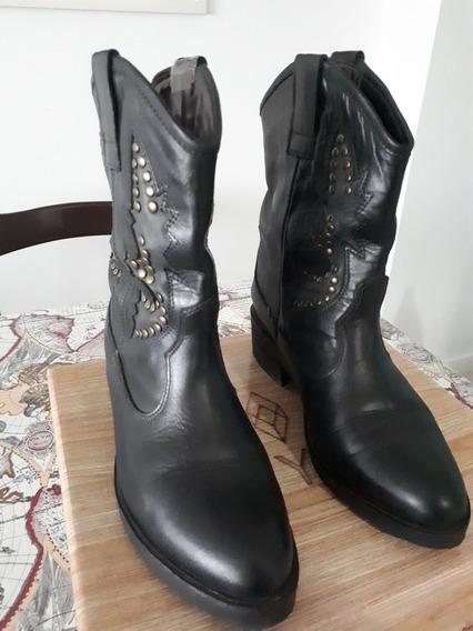 Botas Texanas De Cuero Negras Con Tachas. Talle 38