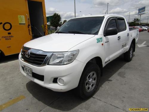 Toyota Hilux Mt2.5