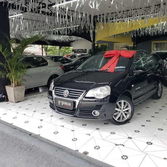 Volkswagen Polo Sedan 1.6 8v(comfort.)(totalflex) 4p