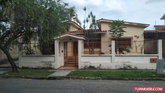 Casa En Venta, Valles De Camoruco Cod Flex 19-16978 Mm