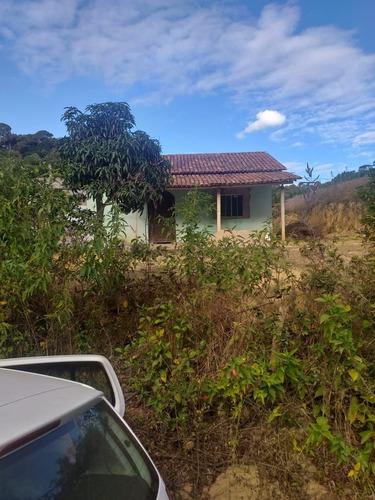 Imagem 1 de 6 de Vende-se Chácara Na Região Do Perocao