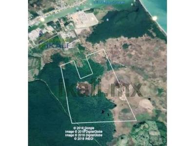 Venta 358 Hectáreas En La Zona Industrial De Tuxpan Veracruz, Se Encuentran Ubicadas En La Zona Industrial Entrando Por El Libramiento Portuario A 1.3 Kms, Por La Parte De Atrás De Las Esferas De Ter